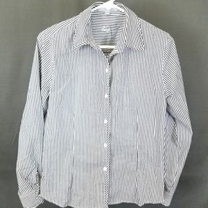 3 for $10- size 6 Gray stripe button down blouse